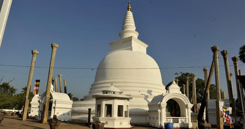 Yoga Retreat Cultural Sri Lanka 1