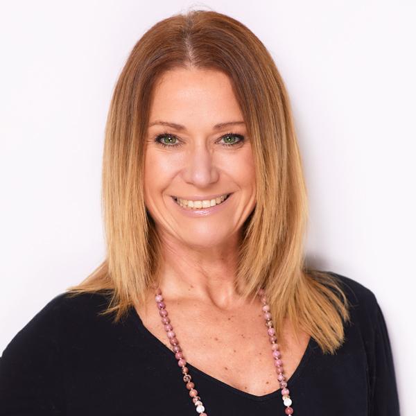 Ramona Lauer Yogalehrerin und Personal Trainerin