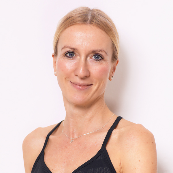 Yvonne Bucher Yogalehrerin